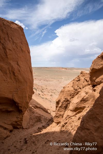 Bayanzag - Gobi desert